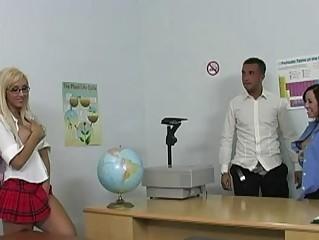 Brunette teacher and blonde schoolgirl getting pussies licked