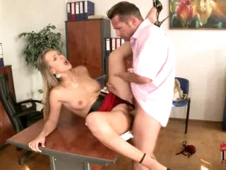 Sexy blonde loves getting her snatch crammed with cock