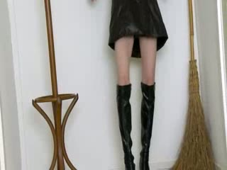getblowjob witch in high black boots