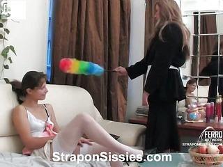 Tina&Nikola strapon sissysex action