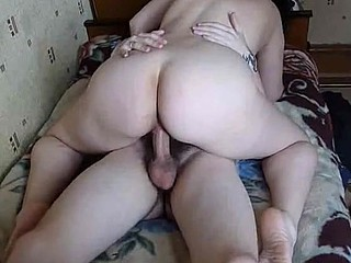 In this homemade porn, a chubby brunette happily rides her boyfriend's throbbing cock. After a while, she lies on her back to let the guy fuck her deep until shooting his jizz on her twat.