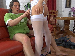Horny older dude lets a sexy lass unzip his jeans for oral previous to a score