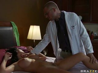 Ill European Beauty Rebeca Linares Fucked By Her Doctor