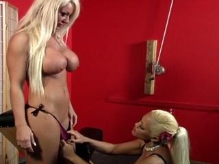 Blonde babe loves pussy pump action while bondage